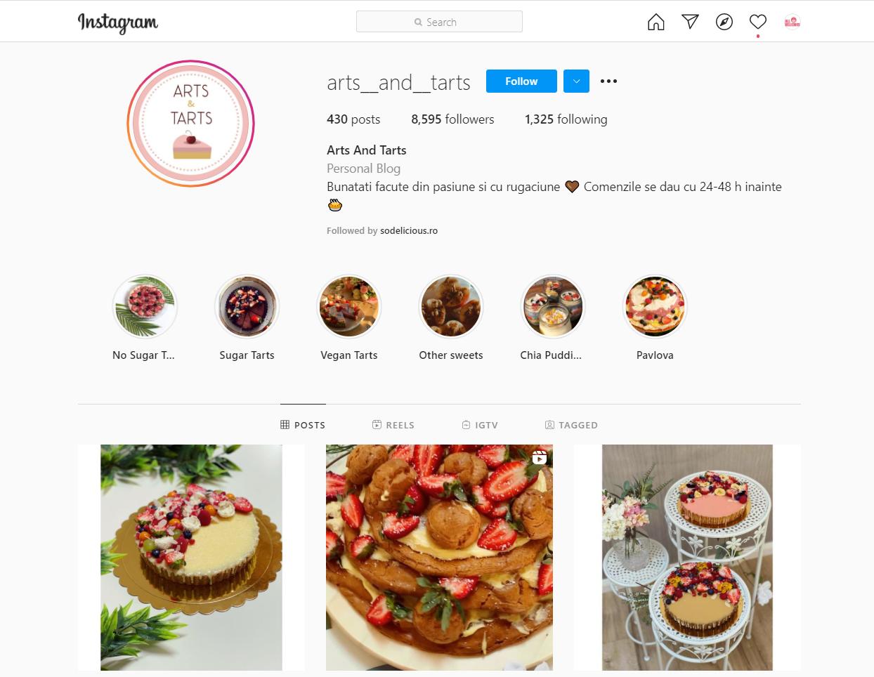 arts and tarts insta page