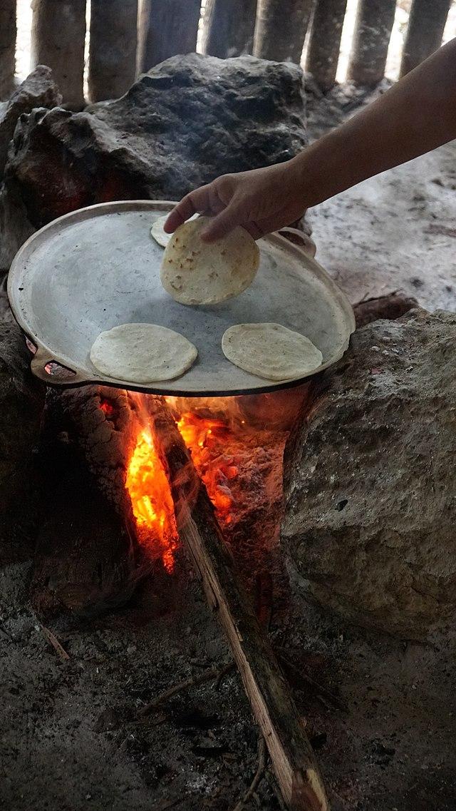 tortillas de casa la ele acasa - mai grosutze si de diverse marimi